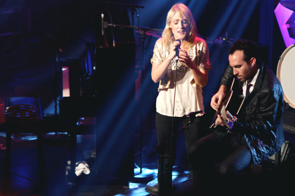 Metric at 2009 Polaris Music Prize awards