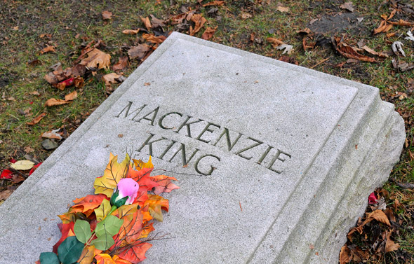 Mackenzie King Grave