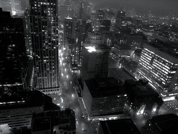 rooftopping at night