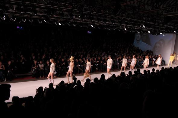 robin kay fashion week toronto