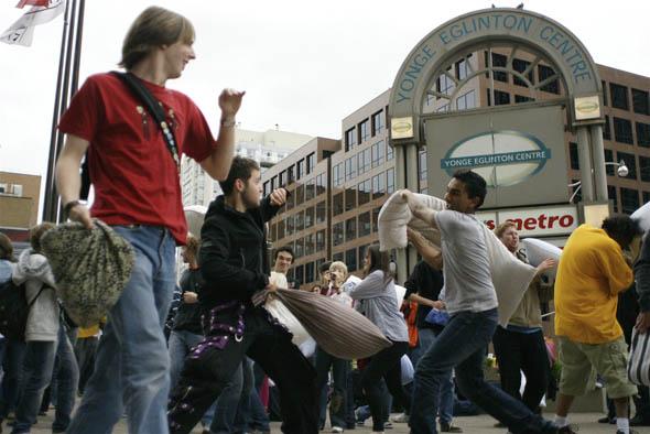 Yonge-Eglinton Square pillow fight