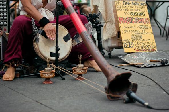 Toronto Street Busker Shibaten with Didgeridoo 2