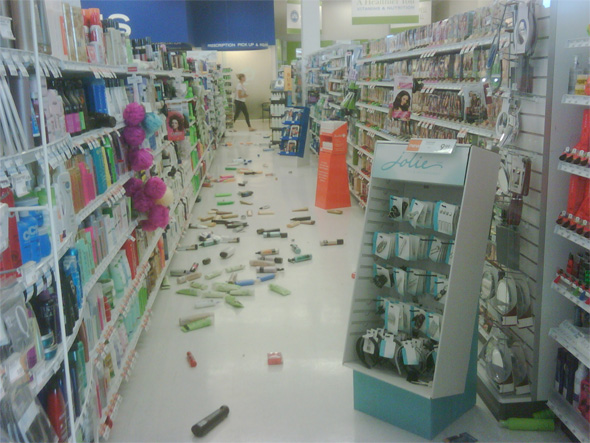 earthquake shoppers drug mart