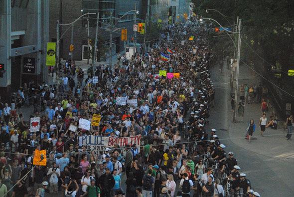 20100629---G20-protest5.jpg