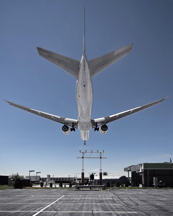 plane pearson airport toronto