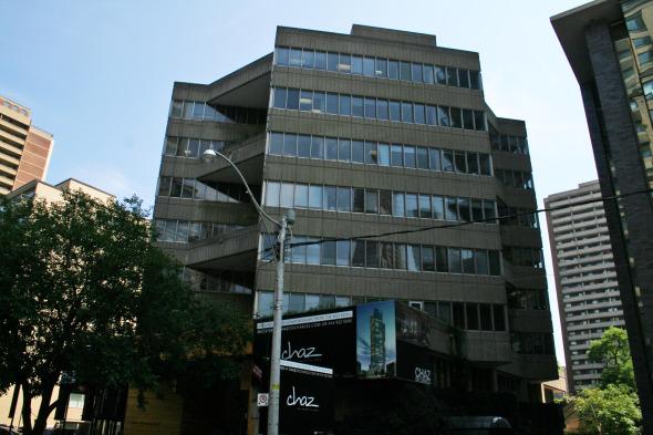 Macy DuBois's 45 Charles Street East