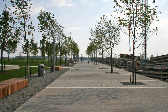 Sherbourne Park's Promenade next to George Brown College's South Campus