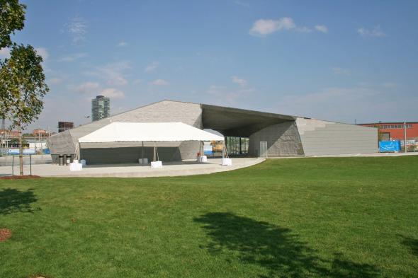 Sherbourne Common's Teeple Designed Snack Pavilion