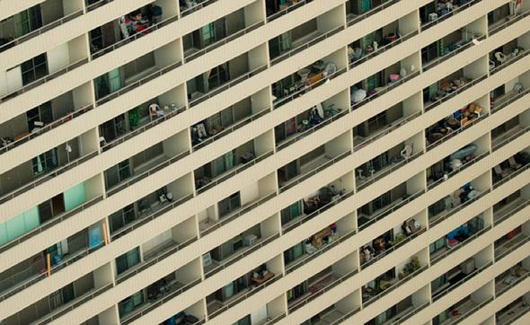 apartment building toronto