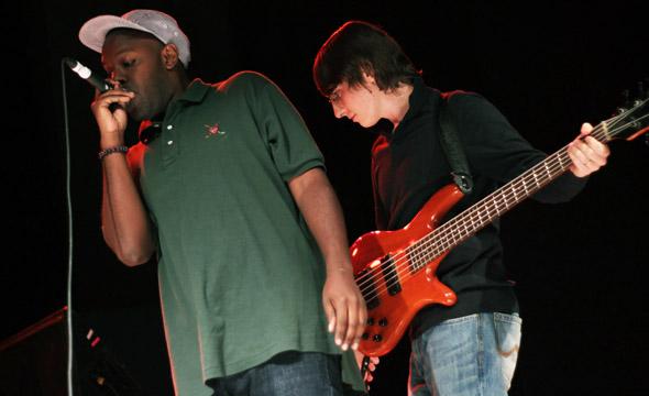Shad live at Kool Haus