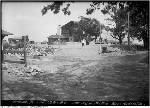 Toronto, Palace Pier, Palace Pier Towers, Humber Bay, Humber River, 1920s, 1930s, 1940s