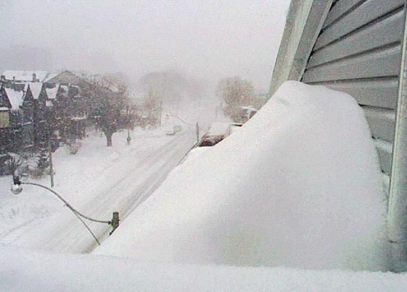 20101229-blizzard1999window.jpg