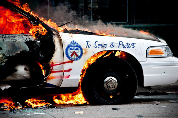 G20 Police Fire