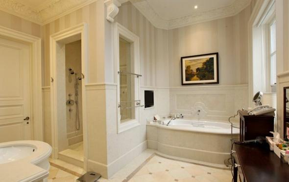 201114-washroom.jpg