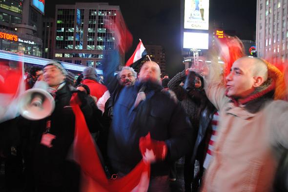 Toronto celebrate Egypt Murbarak Yonge Dundas