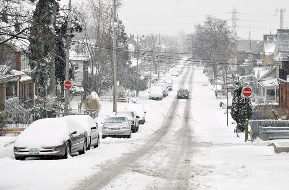 2011323-snow-bartlett.jpg