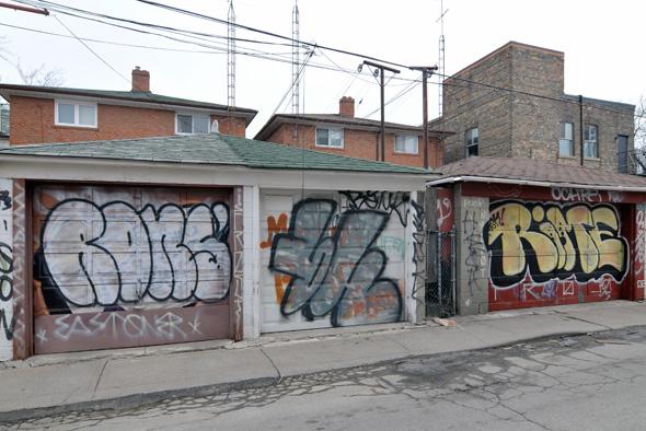 201134-queen-west-graffiti3.jpg