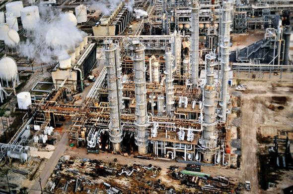 Burtynsky Oil