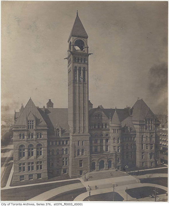 201147-qb-city-hall-1900-.jpg