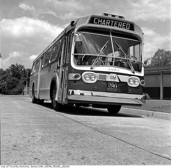 2011513-Bus-at-Rosedale1961.jpg