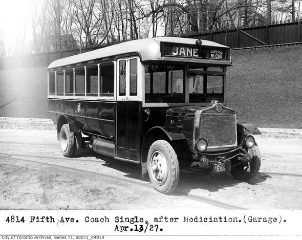 2011513-Fith-avenue-coach-1926-modified.jpg