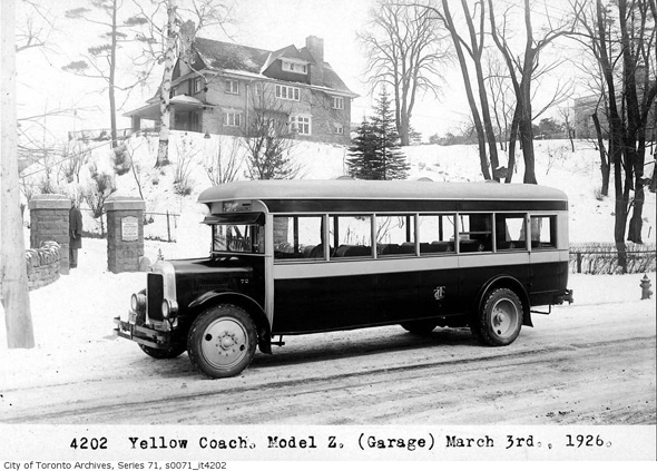 2011513-Yellow-Coach-Model-Z-1926.jpg