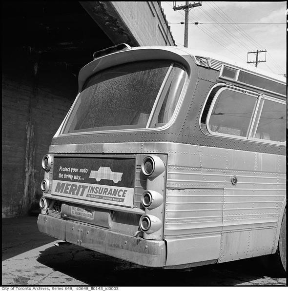 2011513-bus-3108-1963.jpg