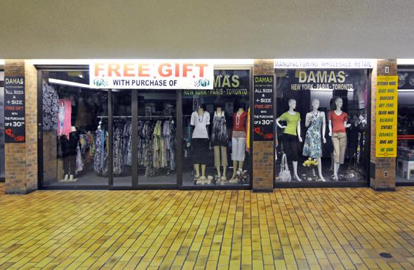 2011513-galleria-free-gift.jpg