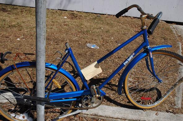 Abandoned Bike Toronto