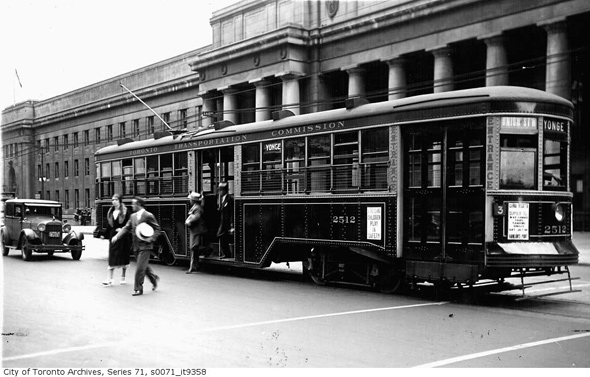 2011614-union-streetcar-1932.jpg