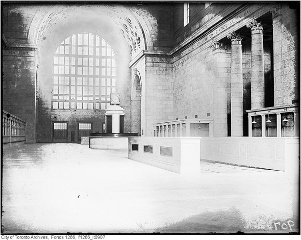 2011614-union-ticket-lobby-1923-f1266_it0907.jpg