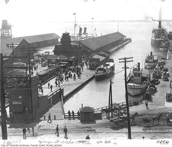 2011626-yonge-street-docks-1912-f1244_it0254.jpg