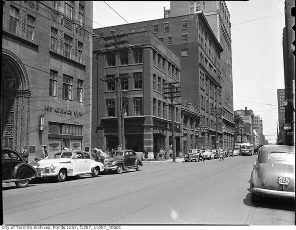 Concourse Building Toronto