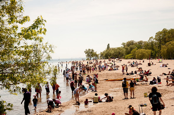 2011720--Centre_Island_Beach_Toronto_2010.jpg