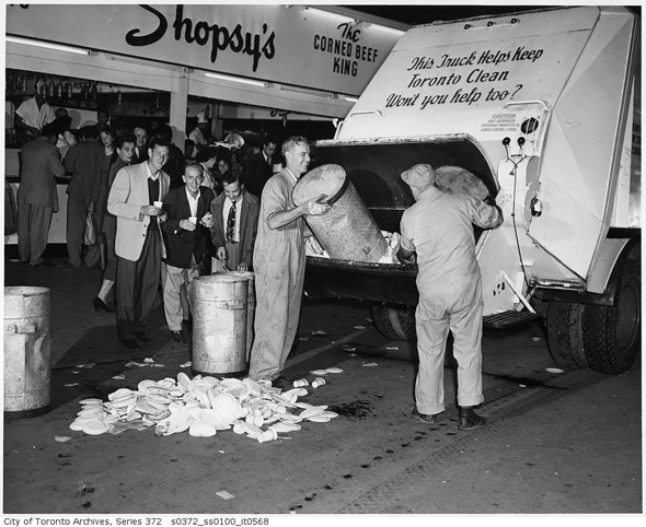 201188-CNE-garbage-removal-1951-s0372_ss0100_it0568.jpg