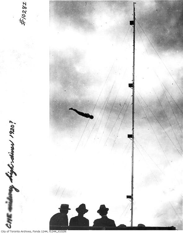 201188-cne-high-diver-f1244_it1028i.jpg