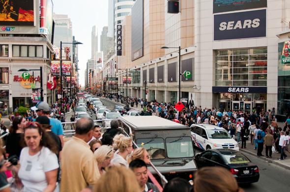 Bus Tour Toronto