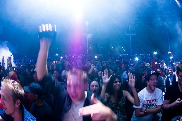 2011925-Crowd.jpg