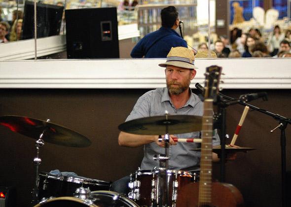 Elliott Brood Live