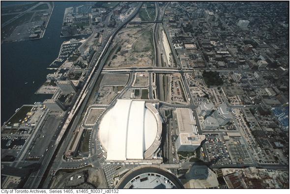 Skydome 1990s