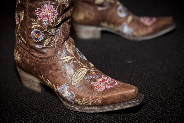 20111019-shoes-4.jpg