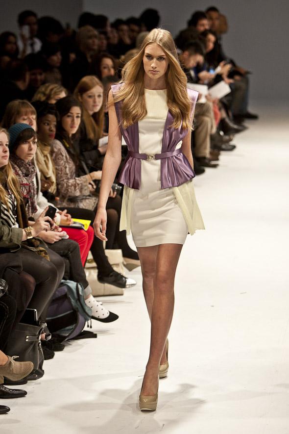 20111020-fashionfaceoff-3.jpg