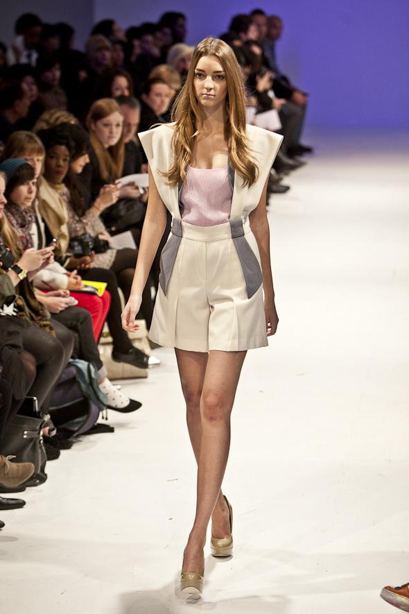 20111020-fashionfaceoff-6.jpg