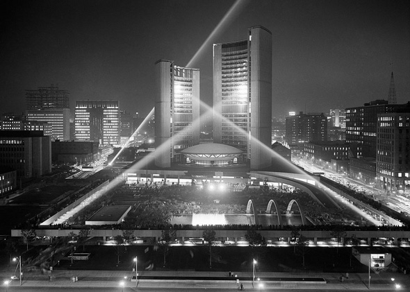 20111026-city-hall-night-1965.jpg