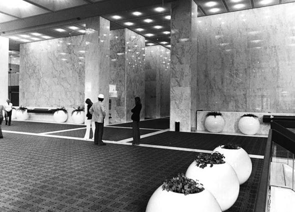 2011104-fcp-1975-lobby.jpg