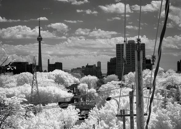 20111114-IR-casa-loma.jpg