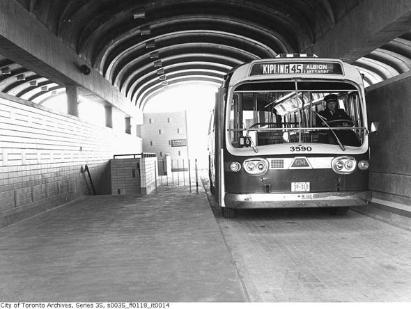 toronto bus