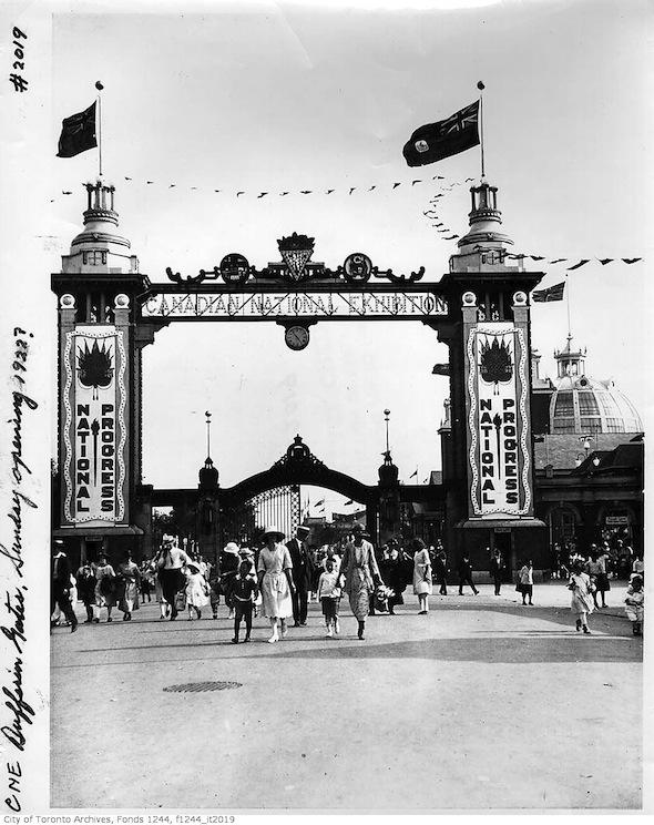 Toronto Dufferin Gate CNE Ex 1922