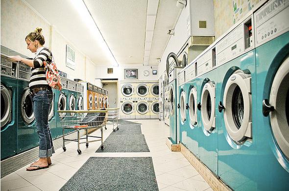 20120225-ladyinlaundromat.jpg