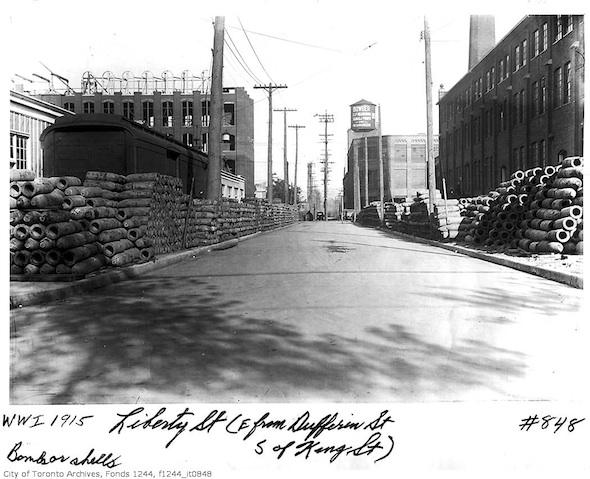 2012214-Liberty-Dufferin-east-1915.jpg